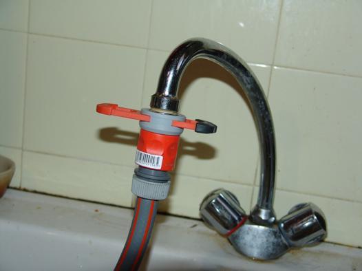 adaptateur tuyau robinet cuisine