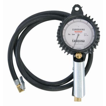 manometre gonfleur pneu