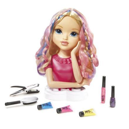 poupée à coiffer
