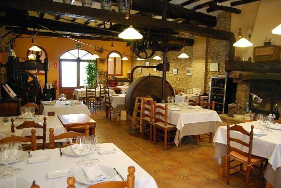 avis restaurant